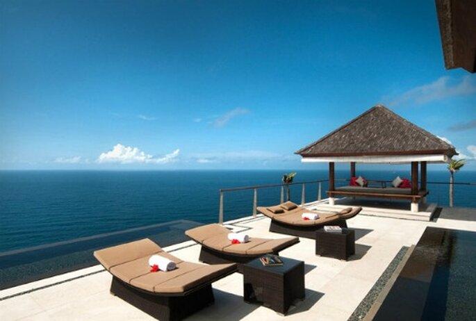 Un hôtel à l'emplacement magique pour un voyage de noces à la hauteur ! The Edge en Indonésie