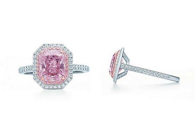 Anillo de diamantes y platino en color rosa pastel. Foto: Tiffany & Co.
