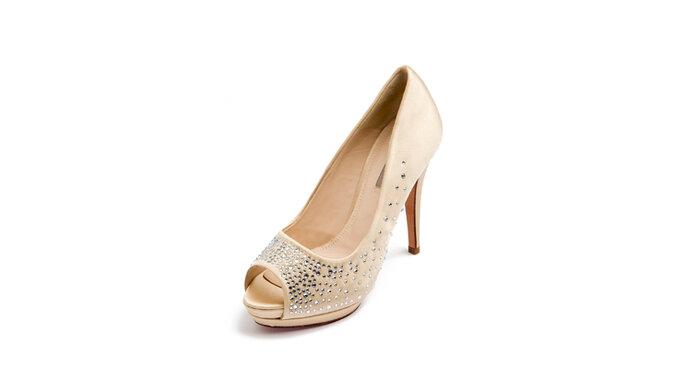 Uterque ya tiene zapatos de novia