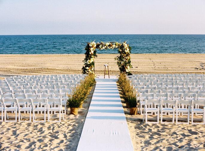 Errores al organizar una boda en la playa - Charlotte Jenks Lewis Photography