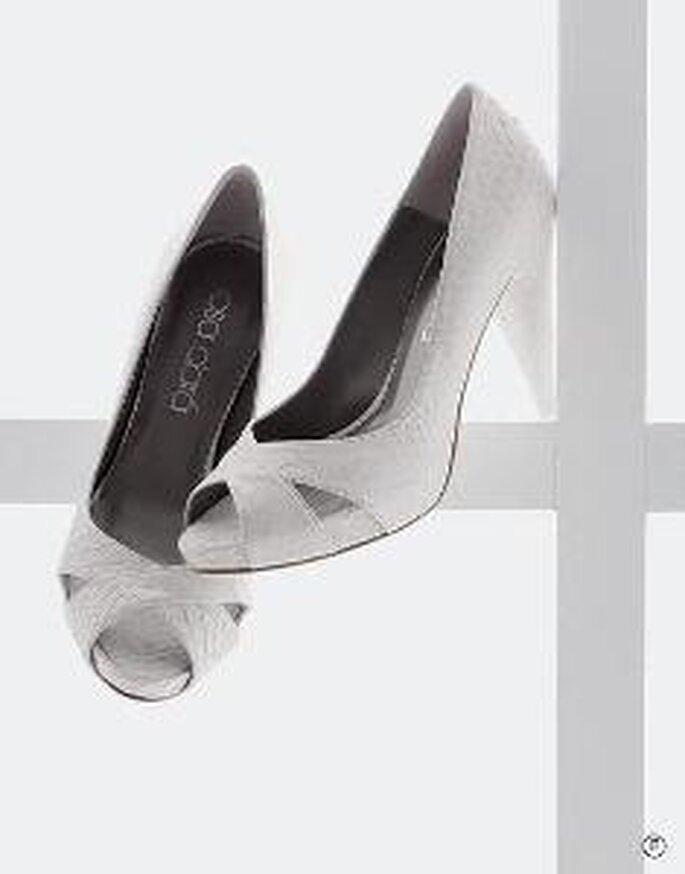 Zapato de tacón alto en piel