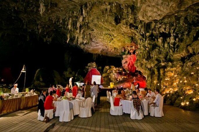 ¡Una increíble cena dentro de una cueva! Foto de David One