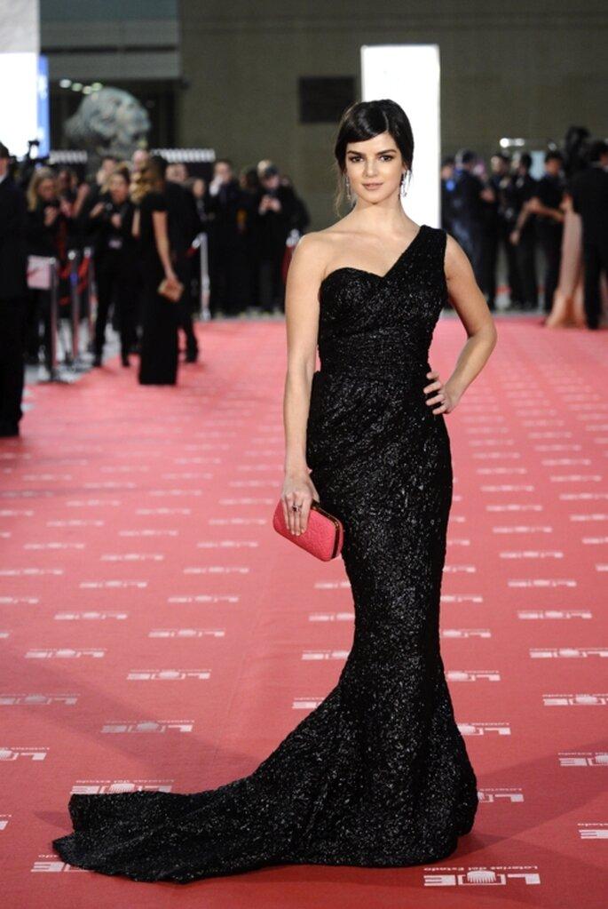 Vestido de gala con corte de sirena en color negro - Foto: image.net