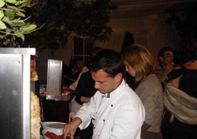 Pita House instala todo lo necesario para servir a los invitados.