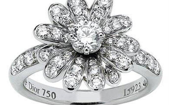 Dior 2010, Milly-sous-la. Anello con diamanti a formare una rosa