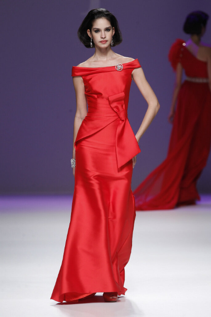 Robe longue ultra glamour d'AnaTorres : au top pour un mariage en fin de journée
