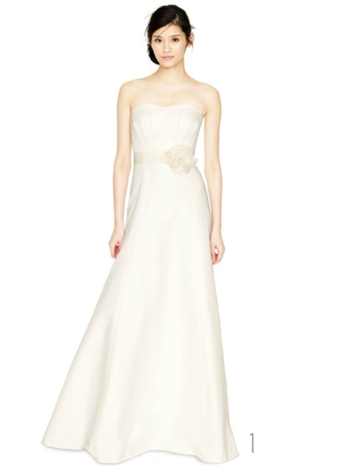 Vestido de novia con cinto de rosa - Foto: JCrew Wedding Collection 2012