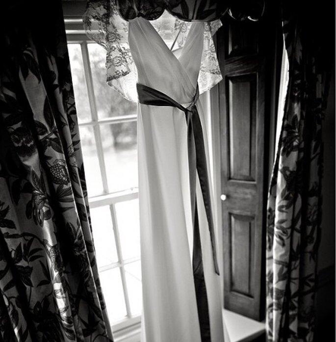 Fotografía del vestido de novia el día de la boda. Imagen Natan