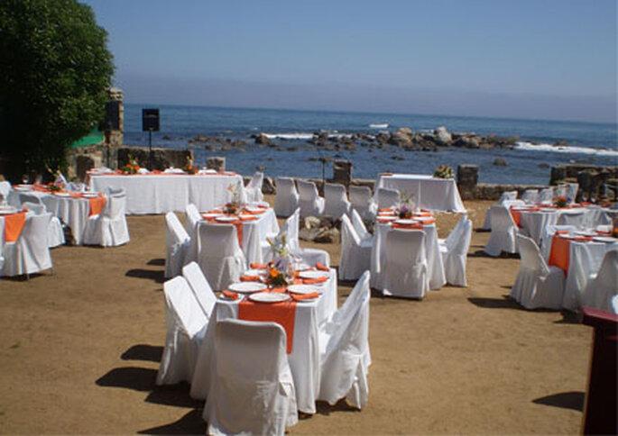 Hotel Medio Mundo ofrece todos los servicios para realizar una boda en la playa.