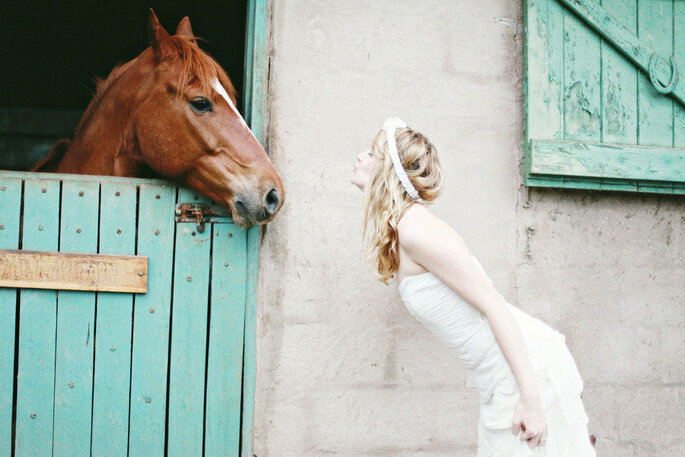 10 motivos para llevar a tu mascota a la boda. Foto- Blue Bottle Photography