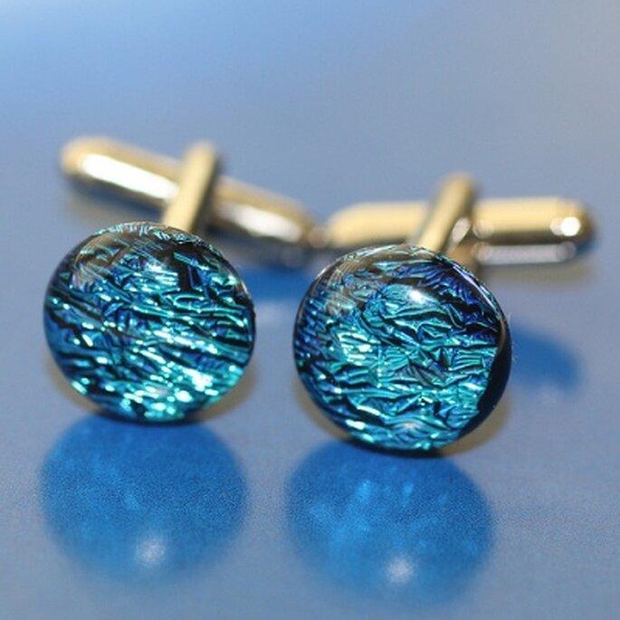 Manschettenknöpfe in Blau - Foto: mandymoo, flickr