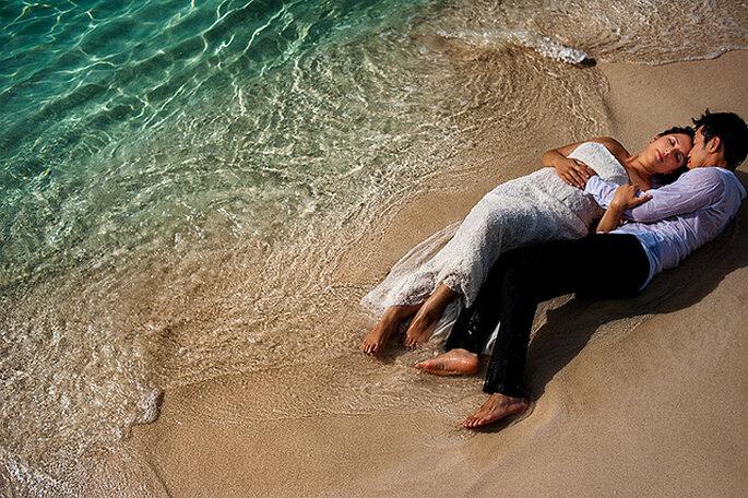 """Boda en un crucero: luna de miel y matrimonio """"todo en uno"""". Foto: Davina + Daniel"""