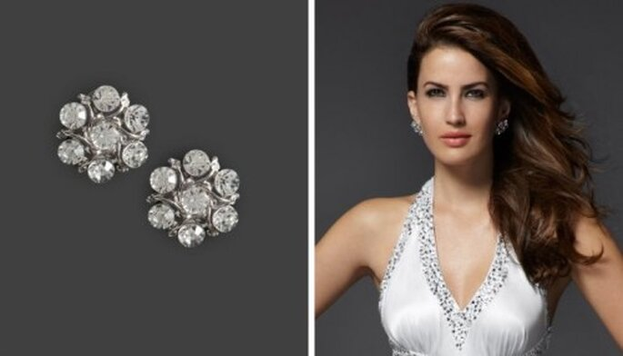 Aretes para novia con diseño de flor y diamante - Foto Bebe Bridal