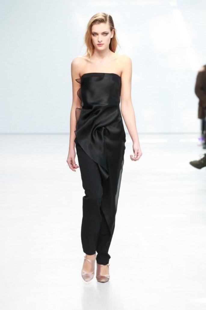 Pantalones de fiesta con corte recto en color negro - Foto Anne Valérie Hash