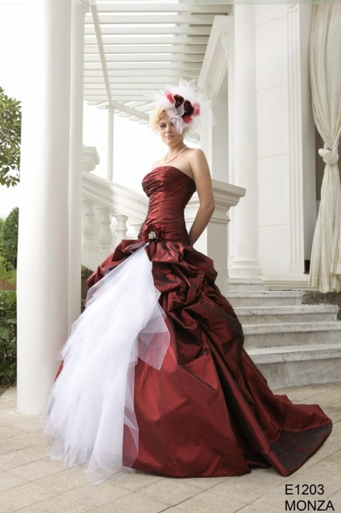 robes de mari e rouges 2012 la s lection zankyou. Black Bedroom Furniture Sets. Home Design Ideas