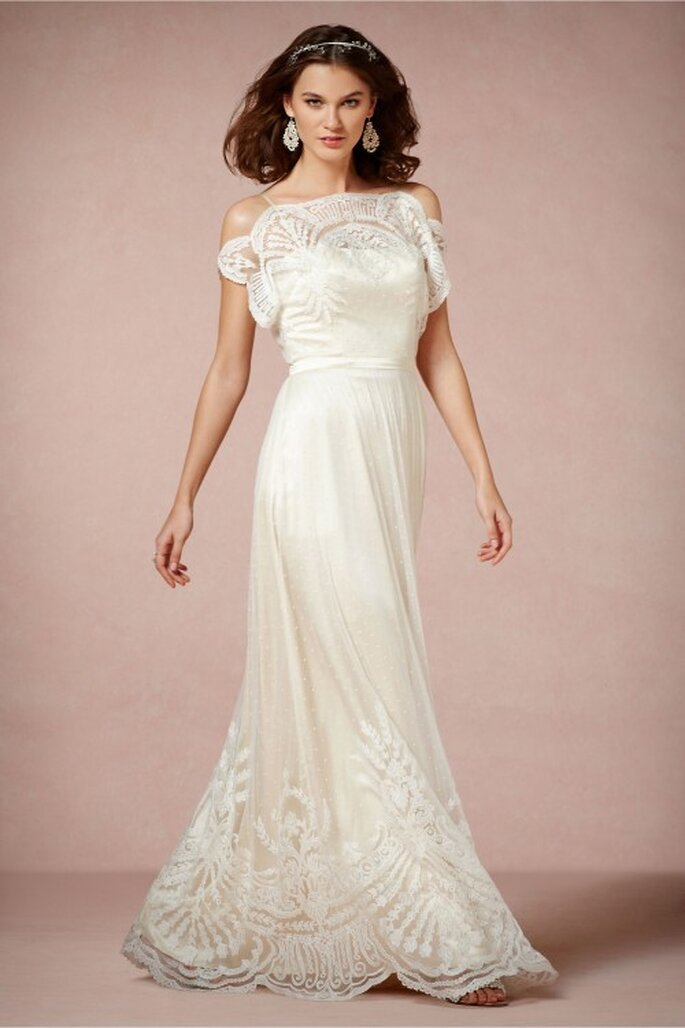 vestido de novia 2014 en color blanco con escote ilusión y mangas cortas holgadas - Foto BHLDN