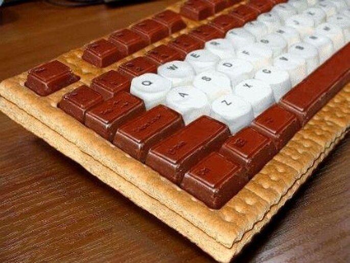 Clavier en gâteau au chocolat - Images-insolites.fr
