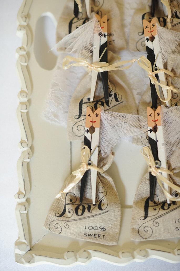 Adornos con broches de regalo. Foto: Clau Photography Fine Art