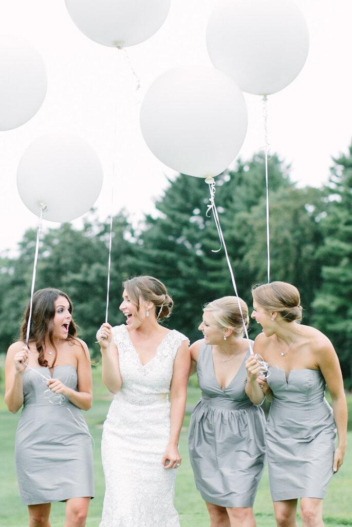 8 cosas que debes decirle a tus damas de la boda antes de la boda - Love & Light Photographs