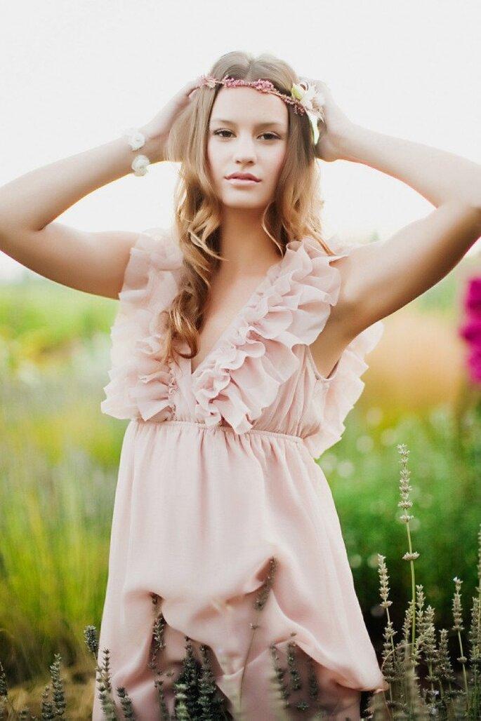 Un vestido de novia en color rose champagne - Foto Tinywater photography