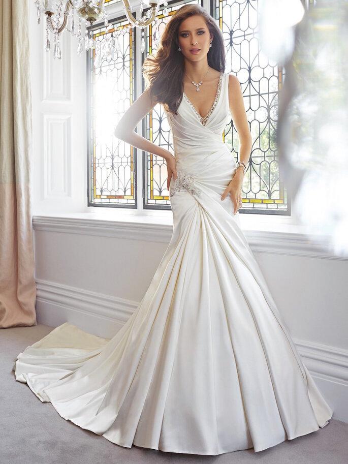 El vestido de novia ideal para las chicas de poco busto - Sophia Tolli