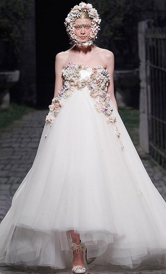 Brautkleider mit viel Tüll aus den Kollektionen von 2013 Foto: Victorio & Lucchino