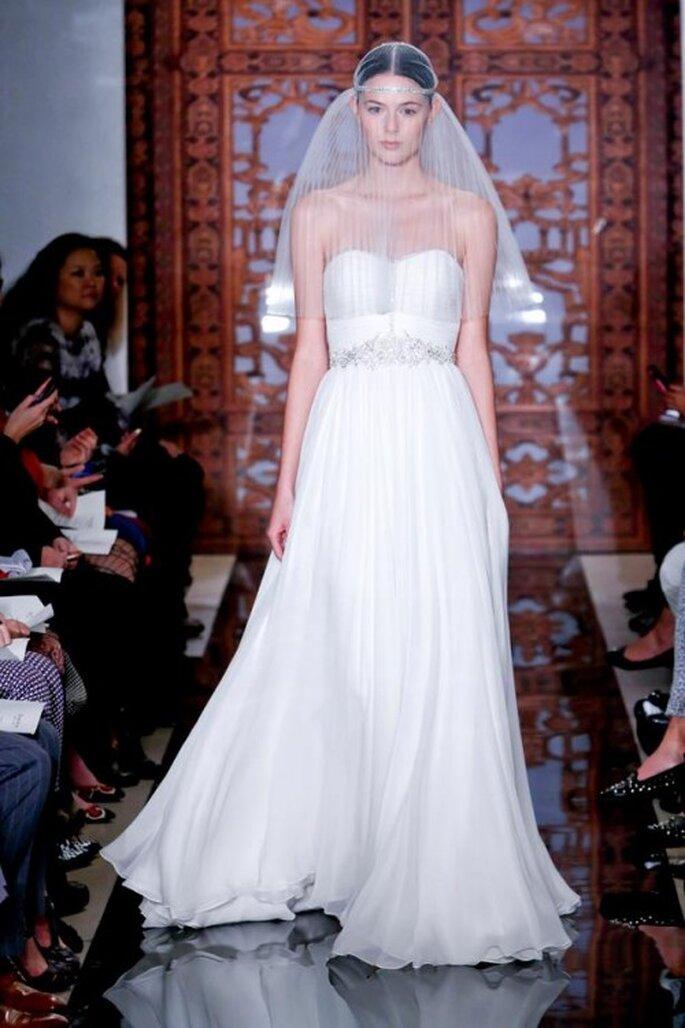 Vestido de novia con detalles de pedrería - Foto Reem Acra