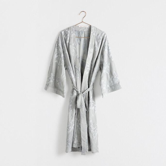Kimono con flores de Zara Home 99.99 Euros