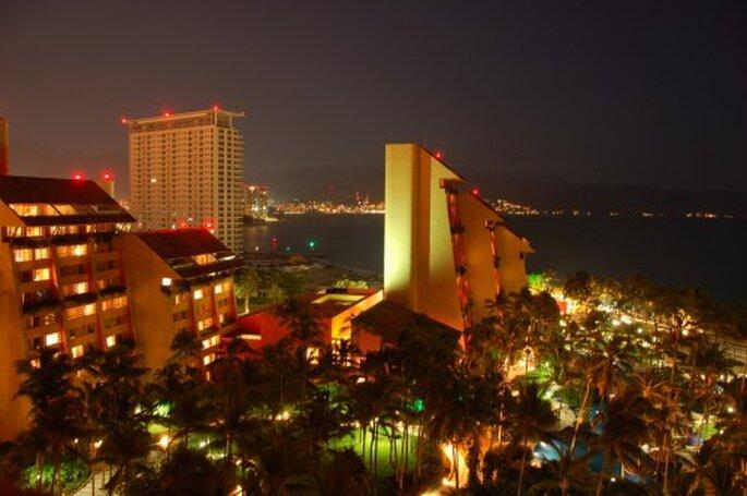 Elige Puerto Vallarta para tu luna de miel - Foto dmealiffe en Flickr