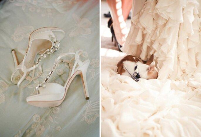 Zapatos de novia con brillos y aplicaciones de pedrería - Foto Lauren Kinsey Photography
