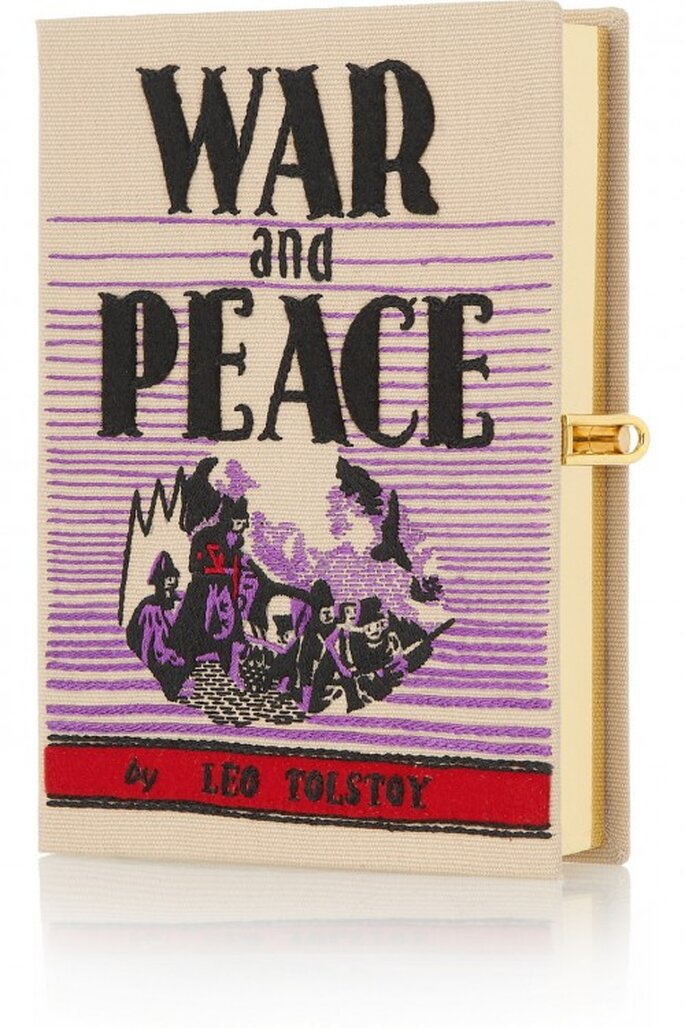 "Bolso de fiesta con forma de libro ""War and Peace"" - Foto Olympia Le-Tan"