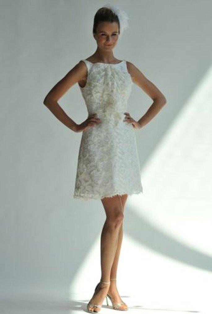 Junko Yoshioka Spring 2013 reception dress