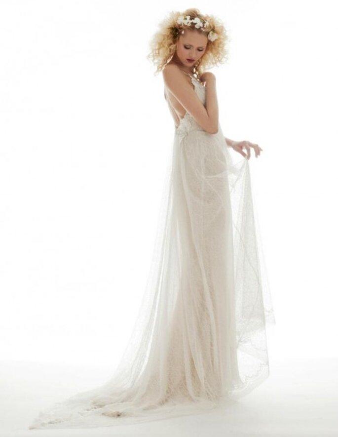 Vestido de novia vintage con transparencias y corte simple - Foto Elizabeth Fillmore