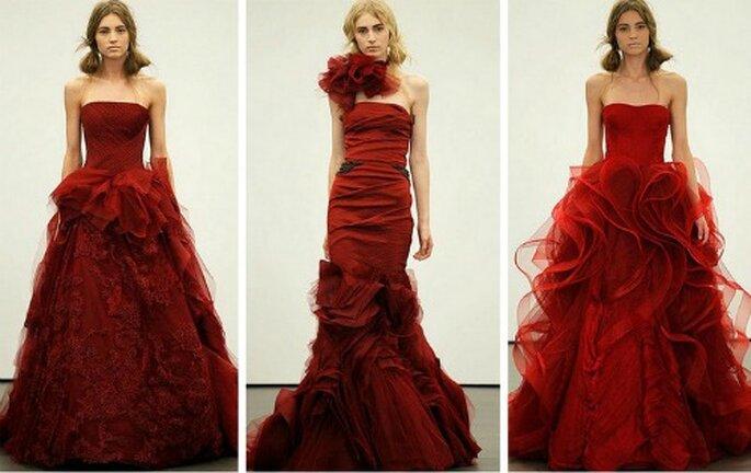 Tre modelli color borgogna. Vera Wang 2013
