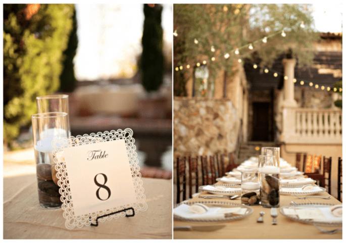 Velas flotantes y lindas piedras en tus centros de mesa - Foto Kristen Weaver Photography