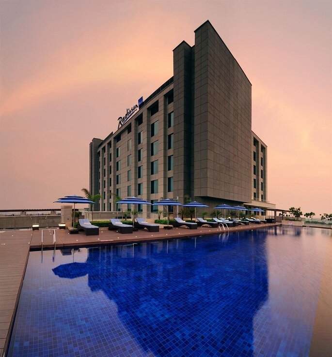 Hotel: Radission Blu Pashchim Vihar.