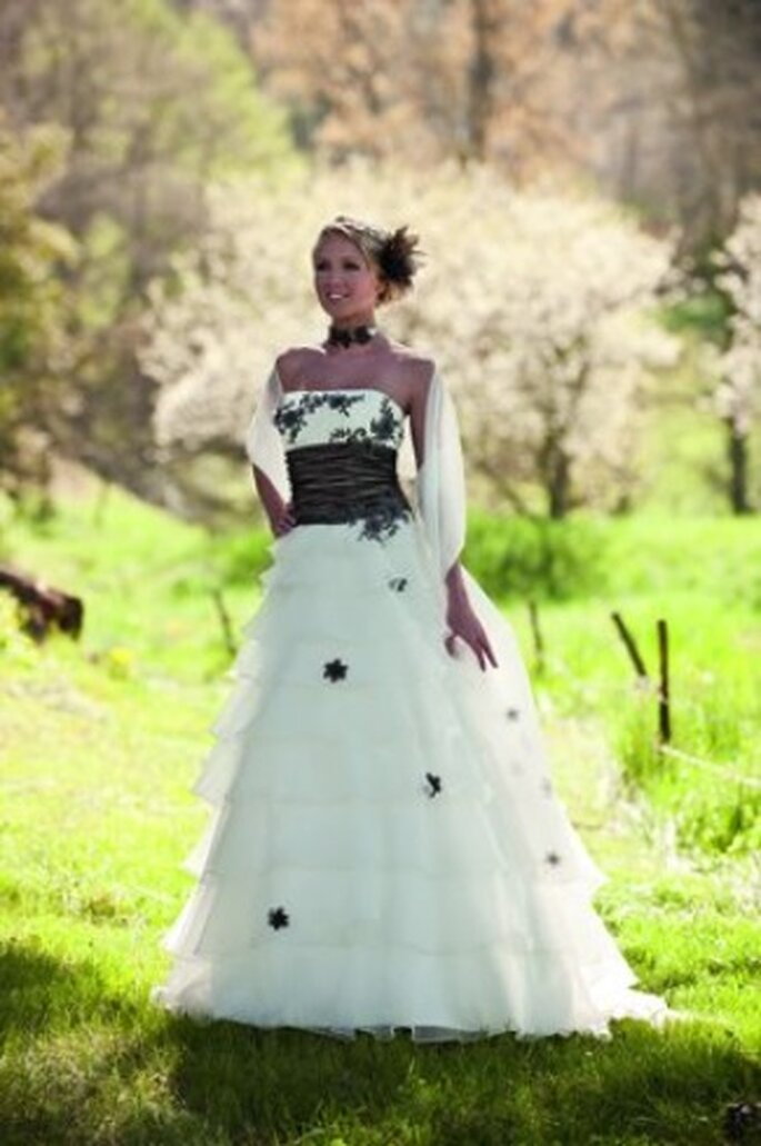 robe de mariee point mariage collection 2017 - Point Mariage Herblay