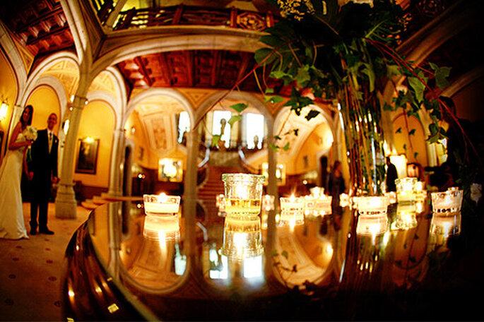 El salón de bodas es una alternativa acertada para celebrar el banquete. Foto: Byfotografos