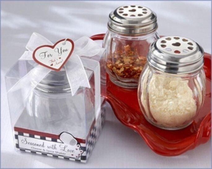Poivre et sel avec motifs en forme de coeur