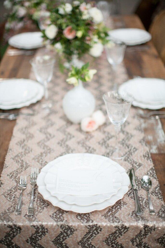 Chevron para decorar las mesas de tu boda - Foto Diana McGregor