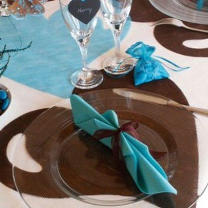 Sets de table en coeur pour vos tables de mariage