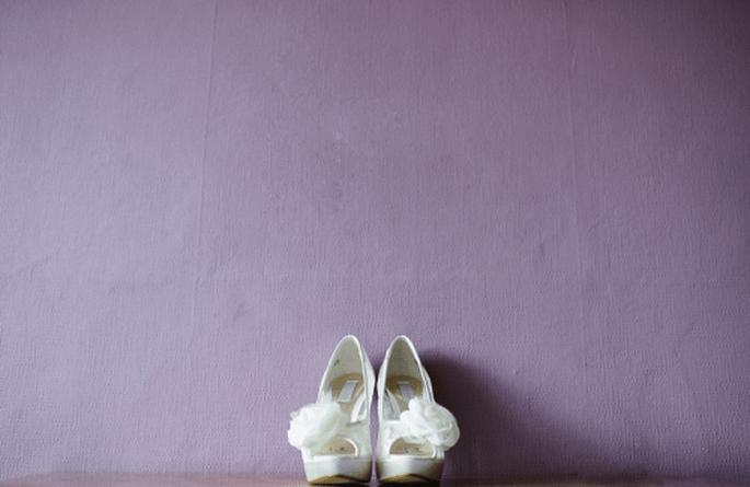 Scarpe perfette per la sposa dallo stile minimalista - Foto Nadia Meli
