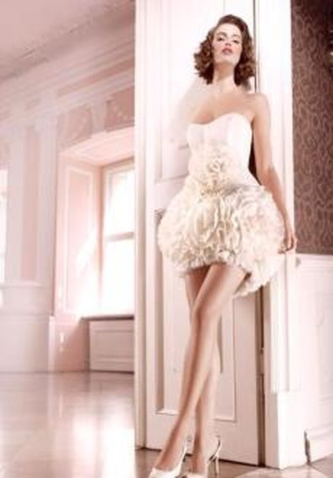 Vestidos de novia cortos Jorge Terra 2010