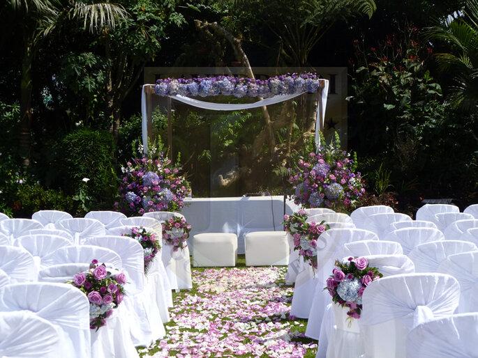 Ceremonia al aire libre. Foto: www.laverdieri.com