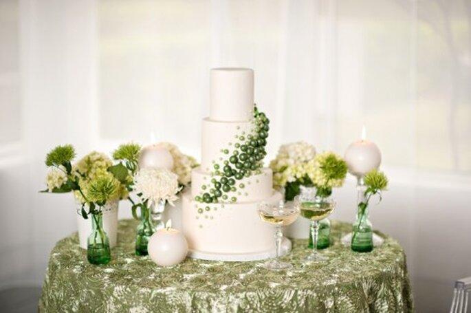 Decora tu boda en color esmeralda - Foto Kristen Weaver Photography