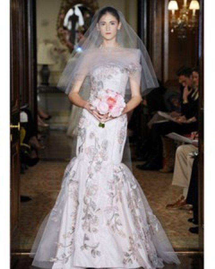 Vestido de novia con bordados de Carolina Herrera 2011