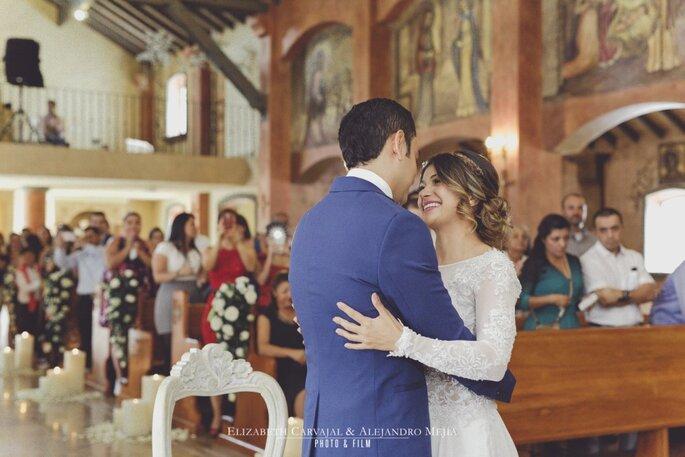 Elizabeth Carvajal y Alejandro Mejia Photo y film