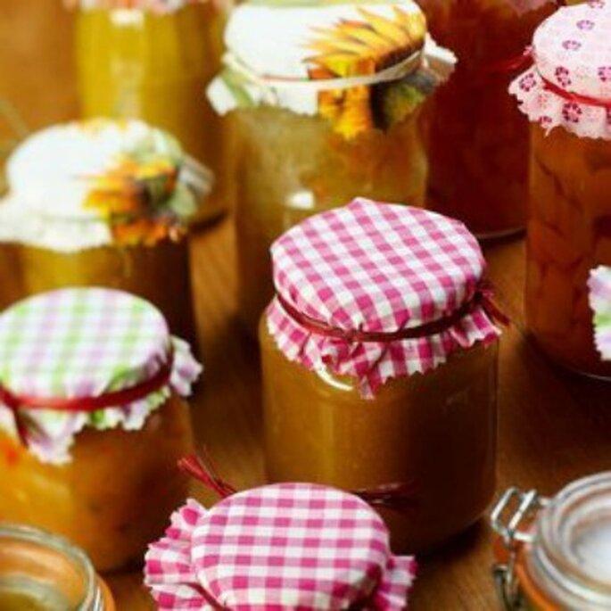 Douceurs et gourmandises feront le bonheur des invités de votre mariage ! - Source : despetitscadeaux.com