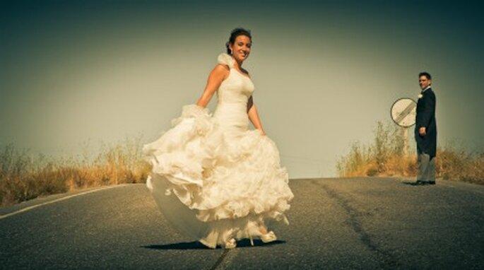 Eva con su vestido de novia de Pronovias - Adrián Tomadín