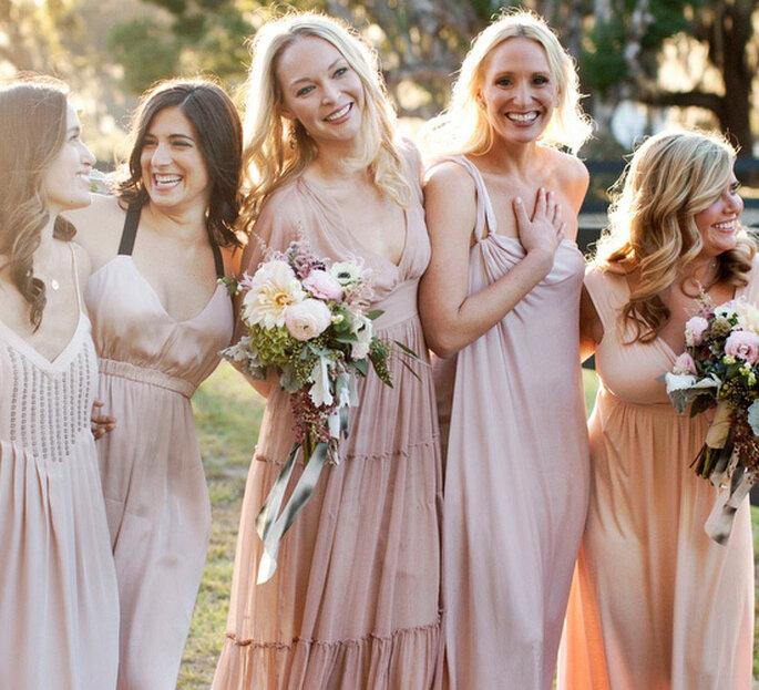 Demoiselles d'honneur aux tenues assorties - Photo: Christian Oth